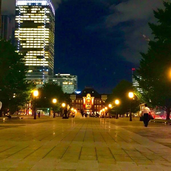 和田倉門から望む東京駅丸の内口