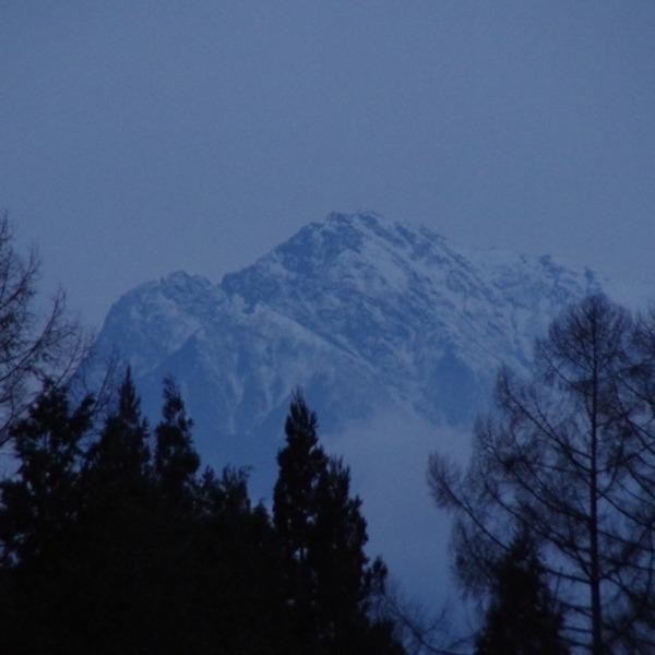 「夕暮れ時の甲斐駒ヶ岳」