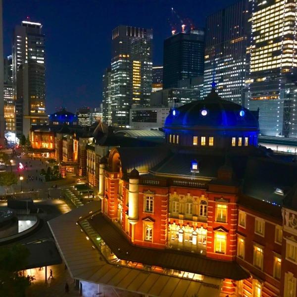 東京駅ブルーライト