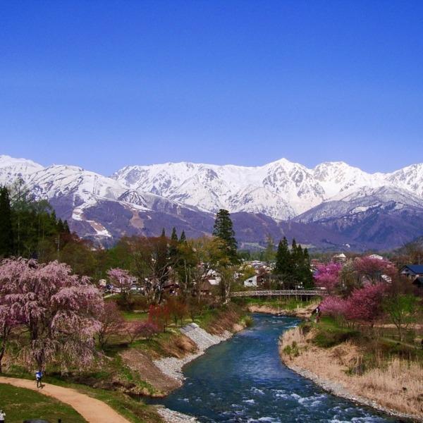 春の北アルプス白馬三山