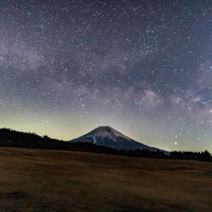 朝霧高原星景(天の川&流れ星)