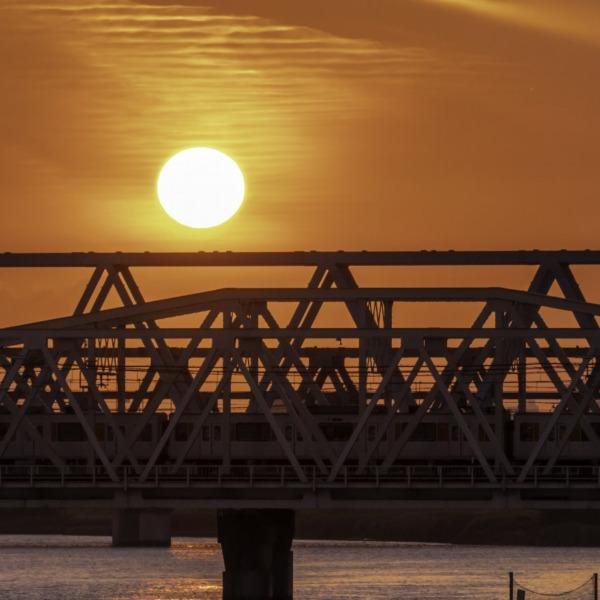 河川敷の夕陽