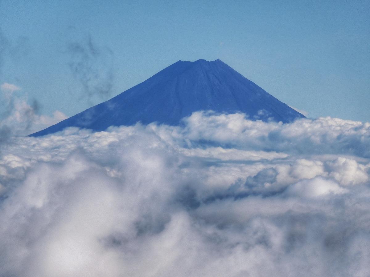 富士山と雲海  金峰山登山