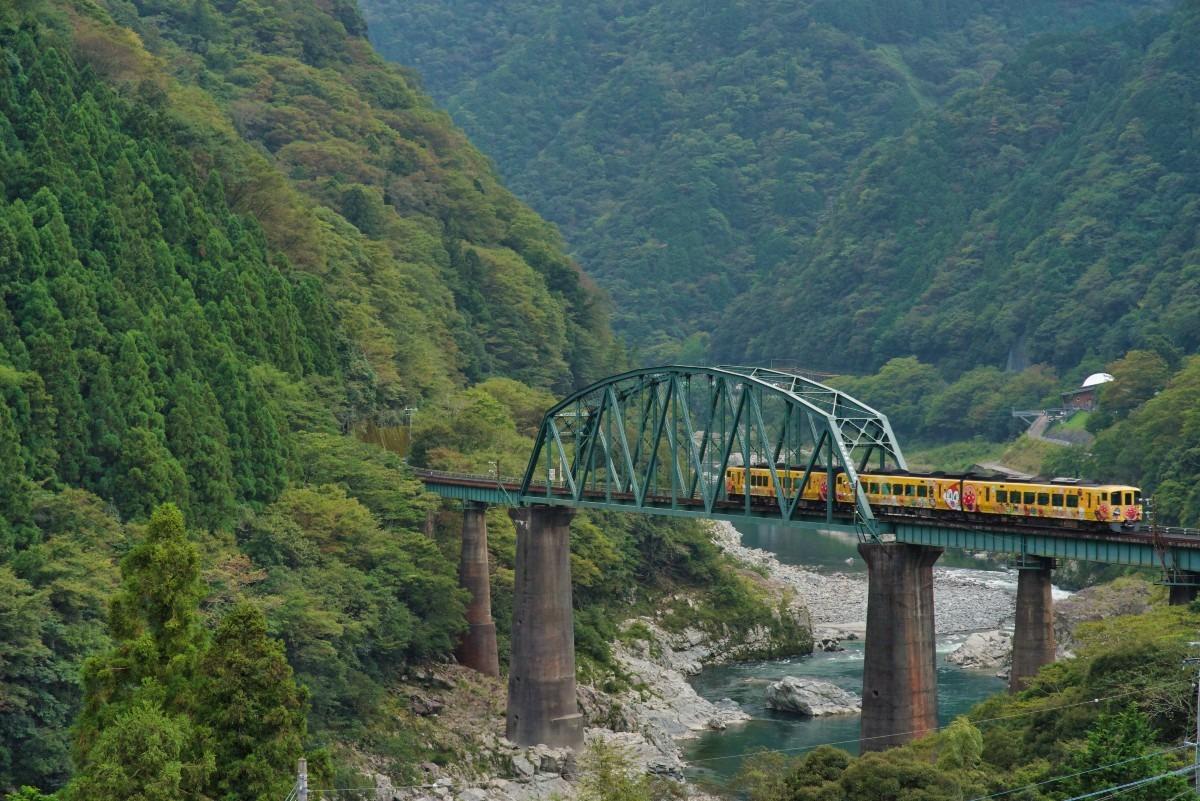 -アンパンマン列車-