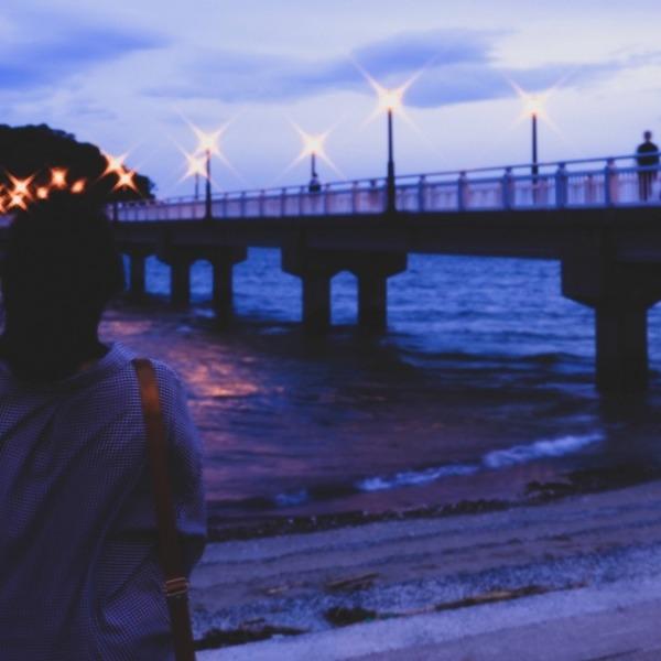夕暮れの竹島