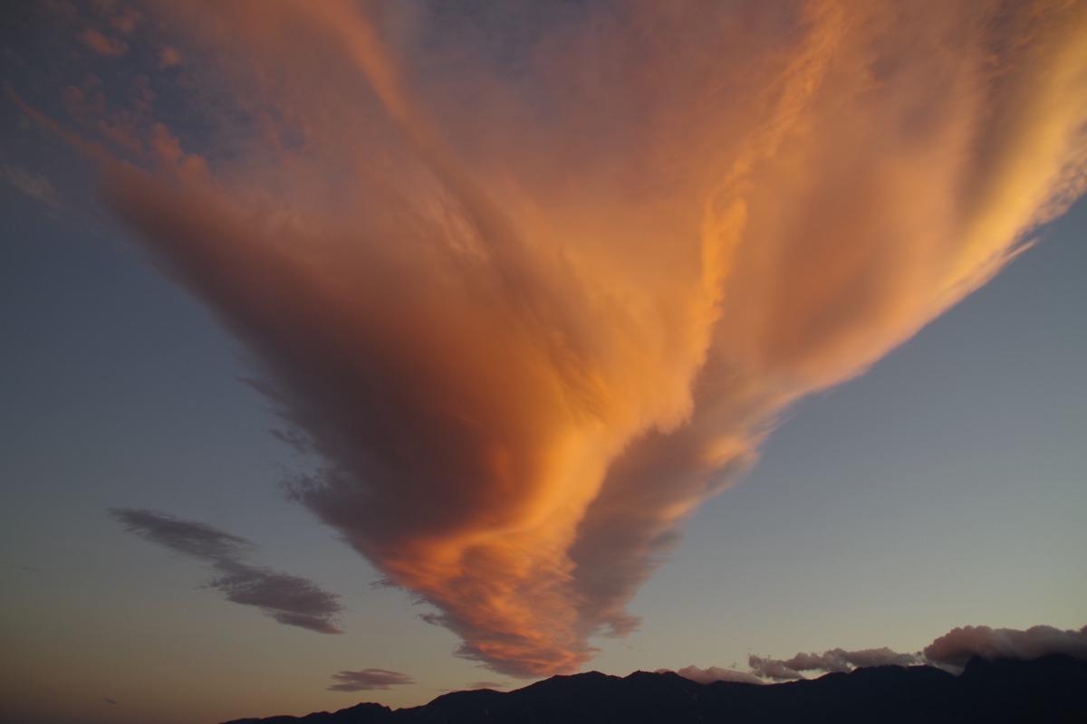 「夕焼け雲」