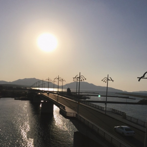 双子島に沈む夕日