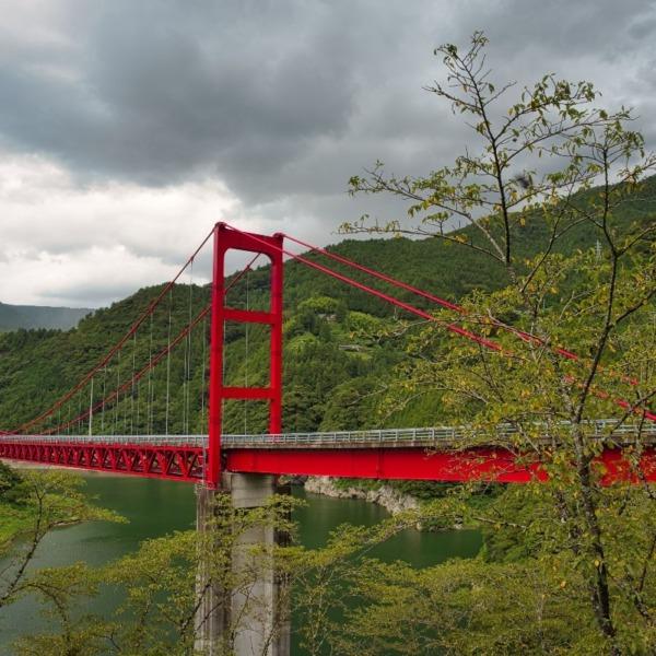 ー赤い吊り橋 大渡ダム湖畔(高知県 仁淀川町)ー