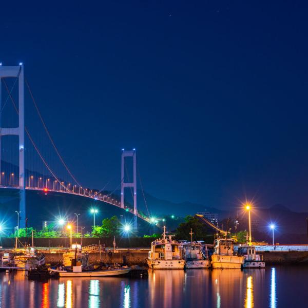 安芸灘大橋の夜景