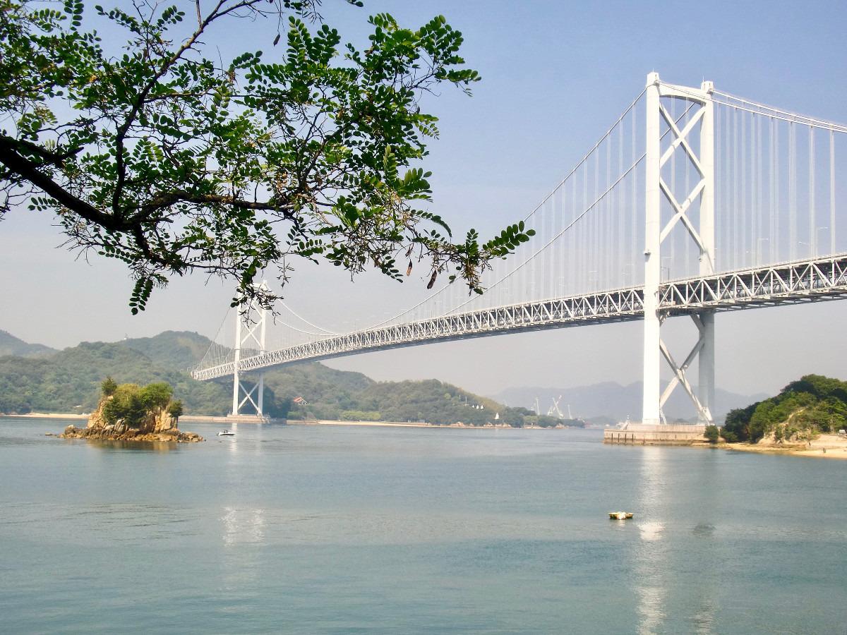 向島から見る因島大橋