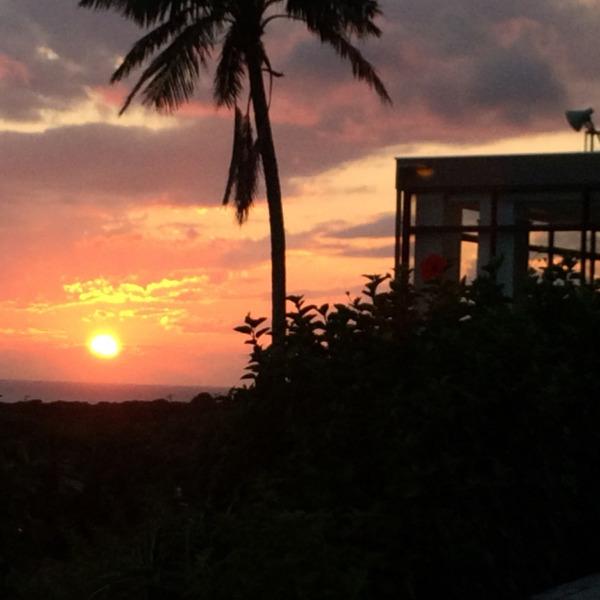 ある日の夕陽。画像加工なし