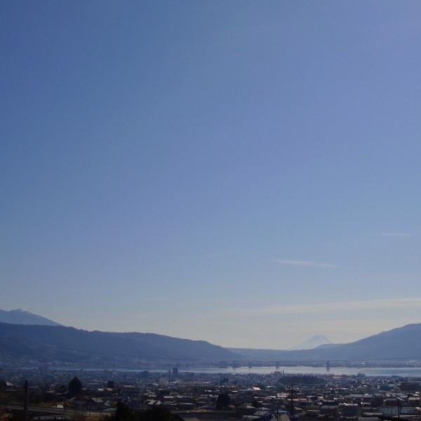 諏訪湖と百名山トリオです。
