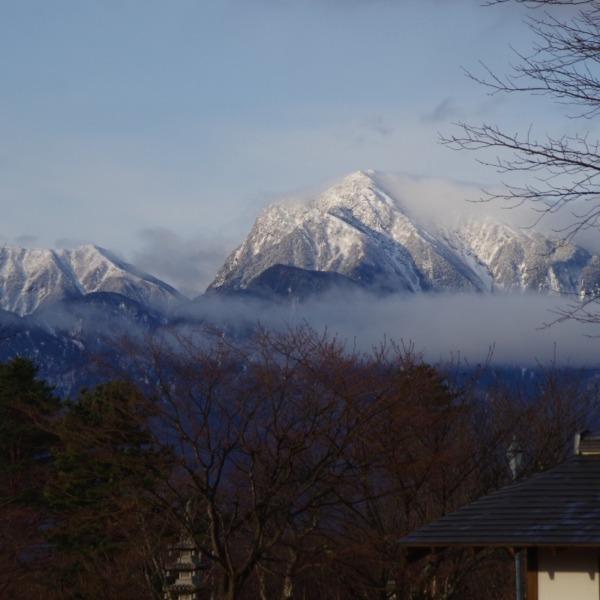 「朝の甲斐駒ヶ岳」