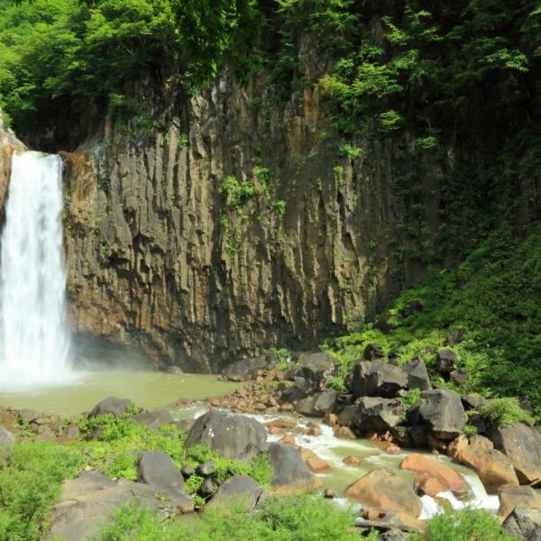 苗名滝 日本百名瀑
