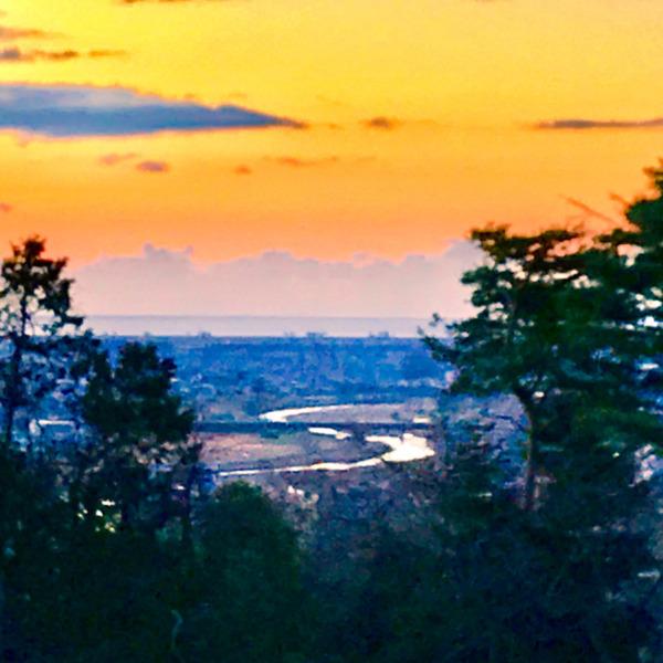 仙台平野の日の出前
