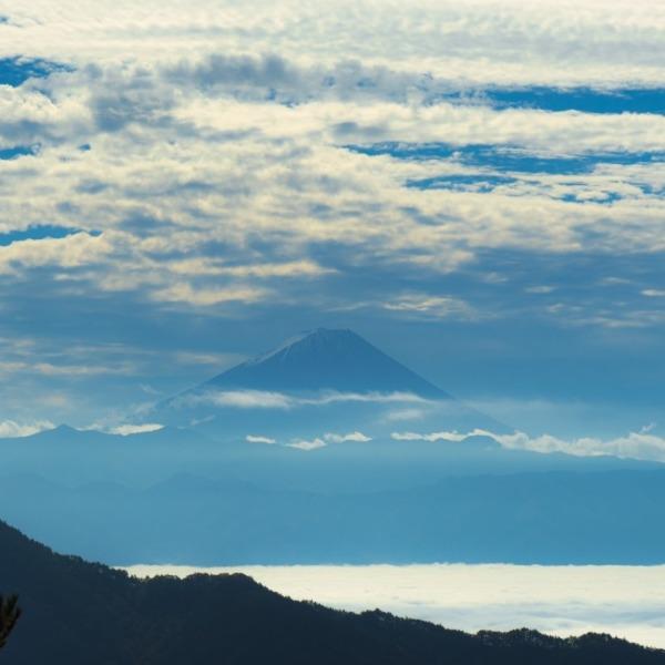 昇仙峡ロープウェイ上からの雲海富士