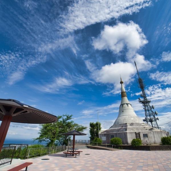 ―パゴダ平和記念塔―