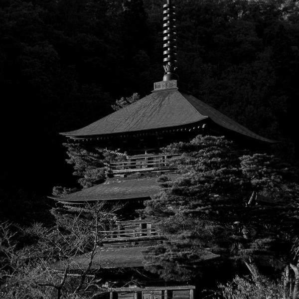 三重の塔 Refreshed