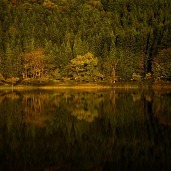 北信濃の隠れスポット 北竜湖