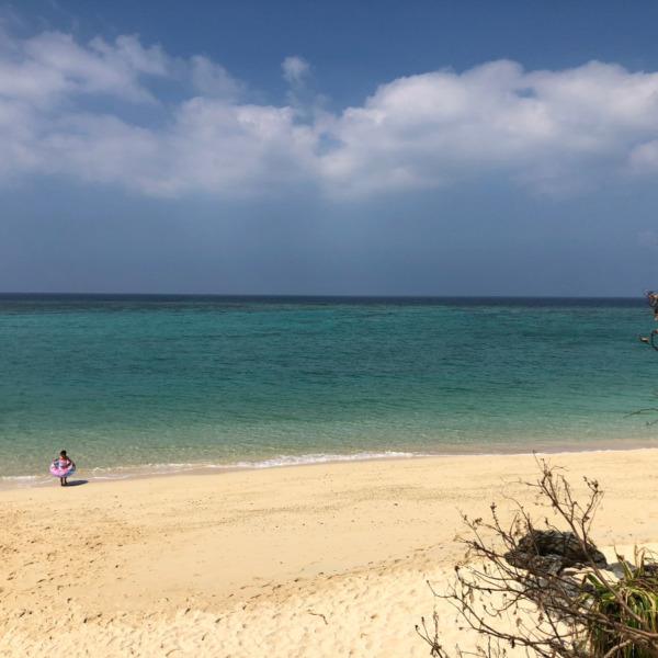 沖縄県恩納村安富祖(オンナソン・アフソ)の海