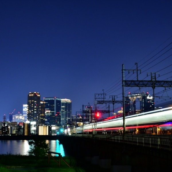 『夜の街へ』